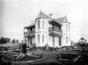 Image of Winn House Courtesy of Hunter Photobank